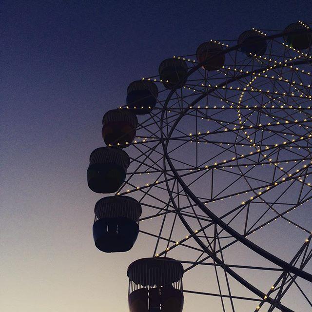 Sunset Ride #ferriswheel #carnival #sunset #sydney #lunapark #sky