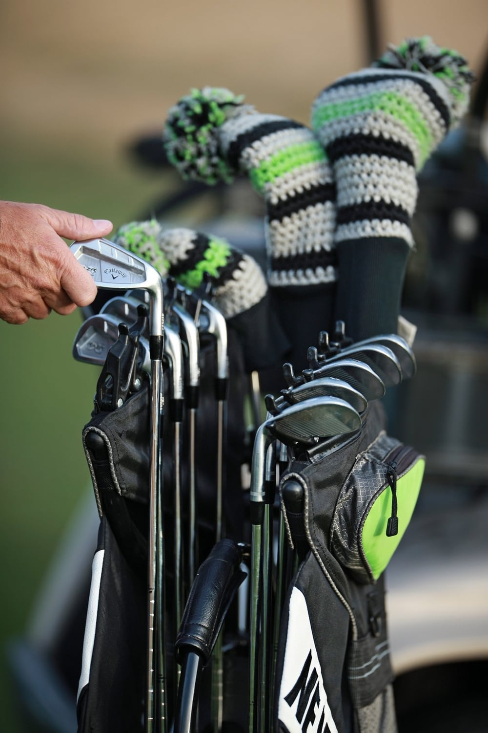 "CUSTOMIZE.   Irons easily glide in and out of flexible ""club-clips"" (clips guaranteed for life)"
