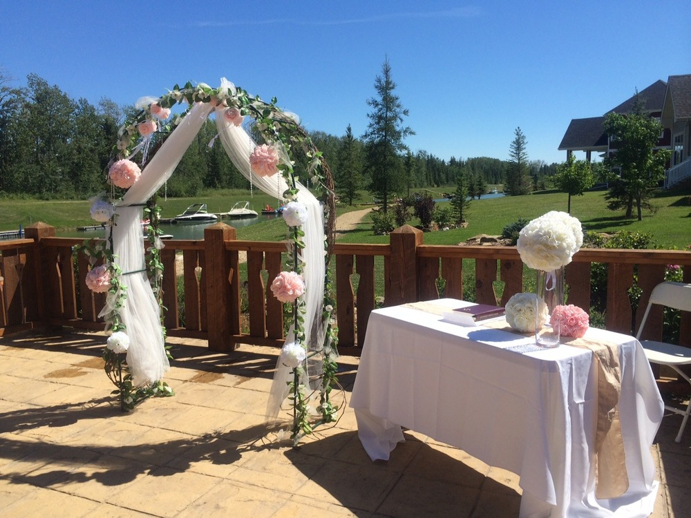 edmonton-wedding-archway