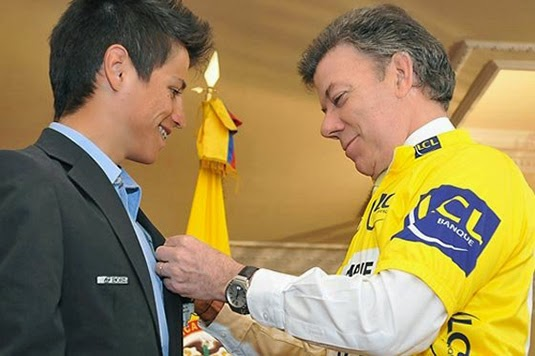 Esteban meeting Colombian president Santos after winning the Tour de l'Avenir (Photo: El Tiempo)