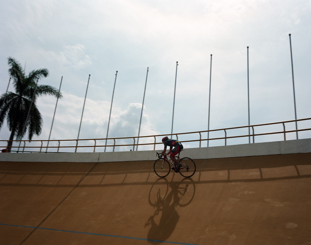 Team 4-72—Colombia in Medellin's velodrome (Photo: Manual For Speed)