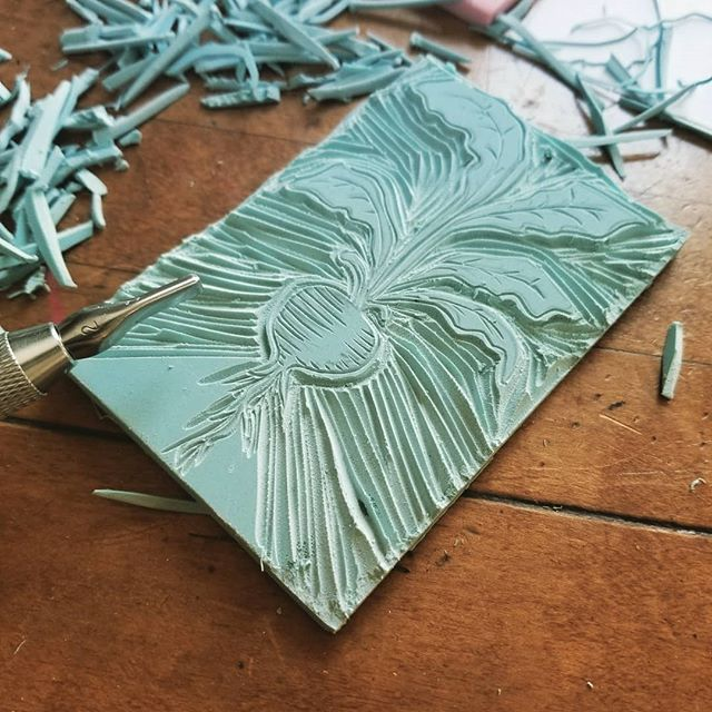 When you lose a whole day to a hobby, you know it might stick! I've been enjoying figuring out new designs, and getting inspired from antiques around my house.  #linocut #blockprints #learningasigo