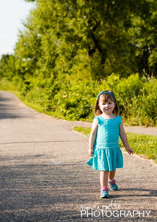 childrens-famiily-portraits-in-shakopee-mn