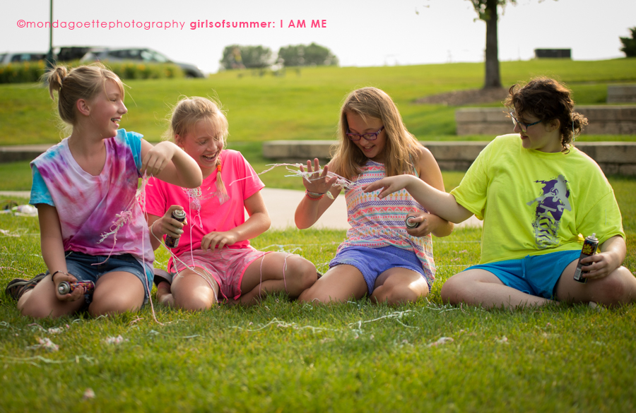 Silly-String-Friendship-Photo-session-Monda-Goette-Photography