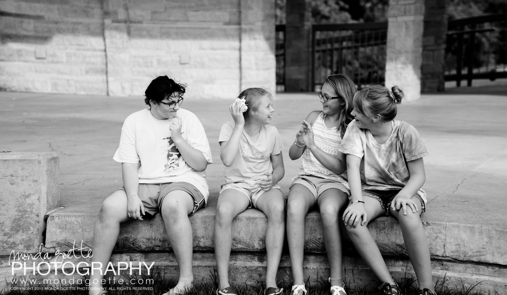 Silly-String-Photo-Session-Fun-in-Twin-Cities