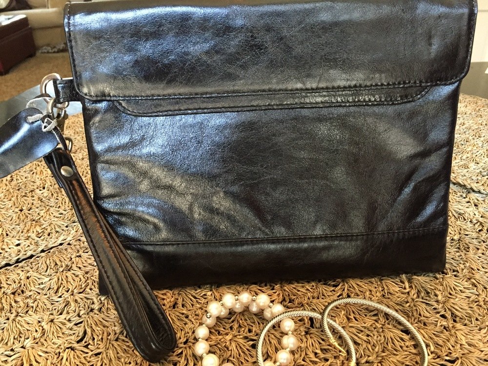 Black envelope clutch.jpg
