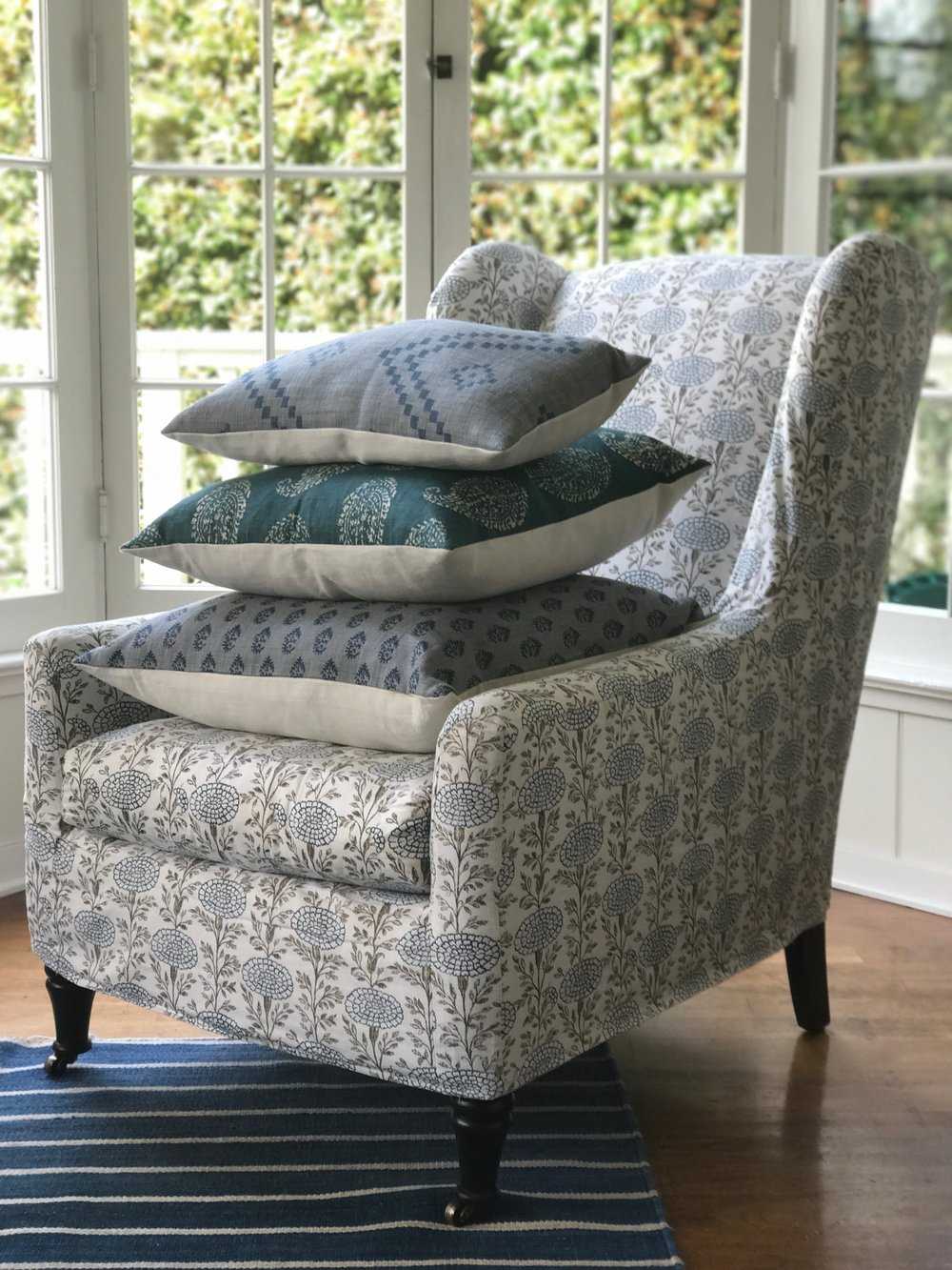 Malibu Wing Chair with pillows