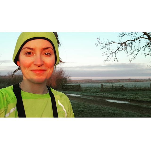 Xmas morning run, during which I ran a little but mainly took photos of frost on things and my face. - - - - - #londonmarathon2019 #londonmarathontraining #8minutemile #sweatingwine #26milesoffun  #givemeafreemassge #running #track #marathon #fuckmeimtired