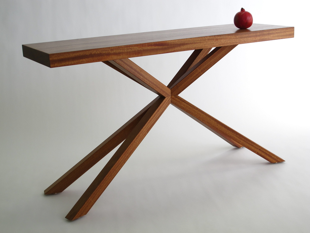 Christopher Table
