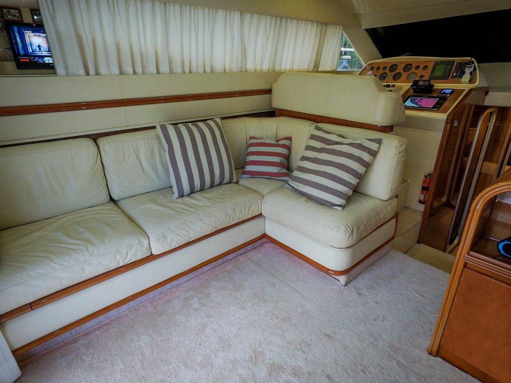 LosTres-Interior02.jpg