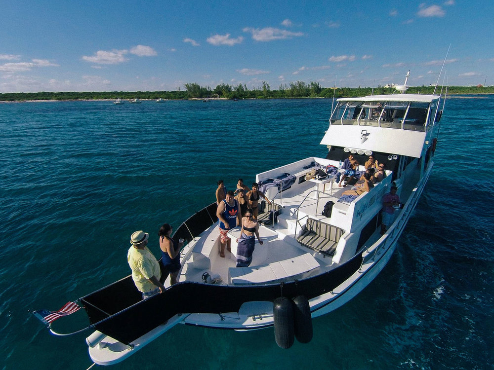 private-yacht-charter-mayan-riviera.jpg
