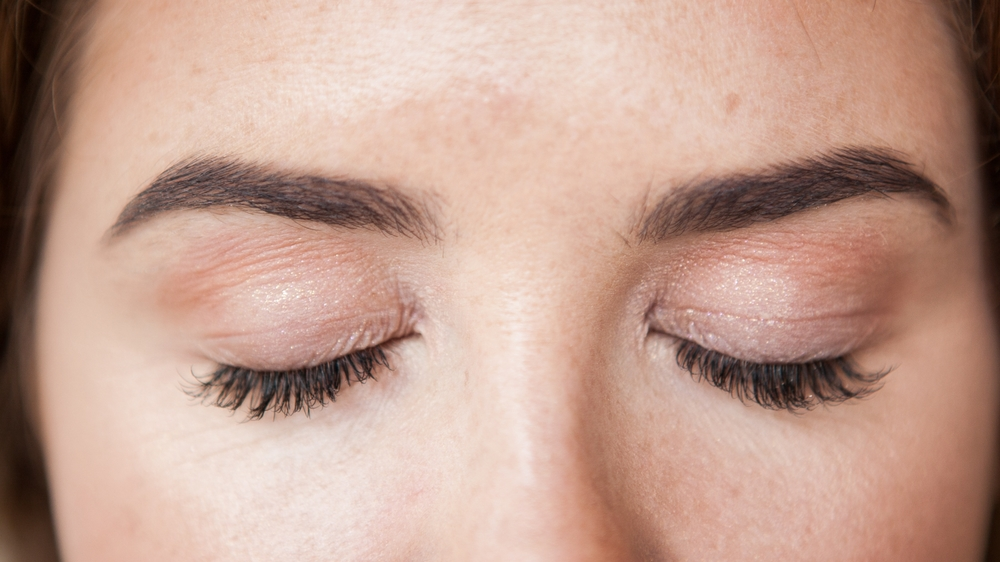 Brow shaping & Eye Lash Extensions