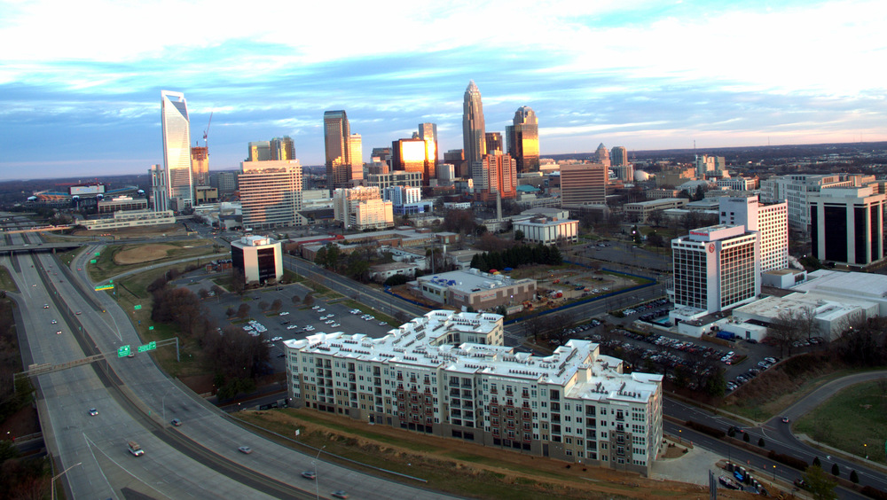 This Six Story Community Has 230 Luxury Apartments And Offers Unparalleled  Views Of The Charlotte Skyline. The Site Is Located In Uptown Charlotte, ...