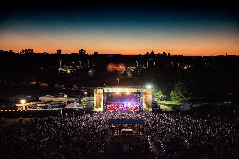 LouFest2016_Charles_Reagan_Hackleman_Large_Crowds-5544.jpg