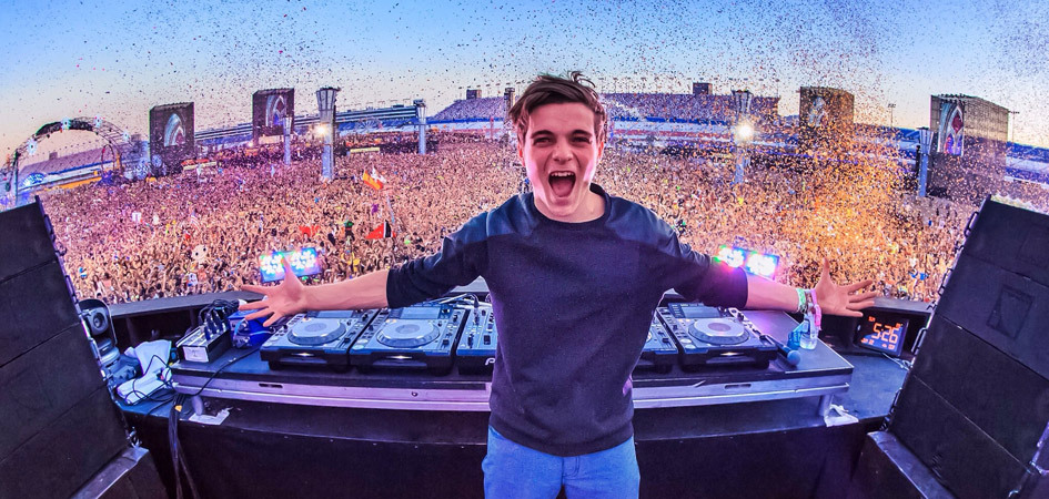 Martin Garrix at Life in Color