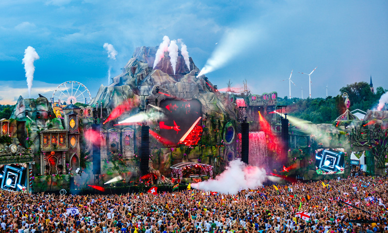 tomorrowland22.jpg