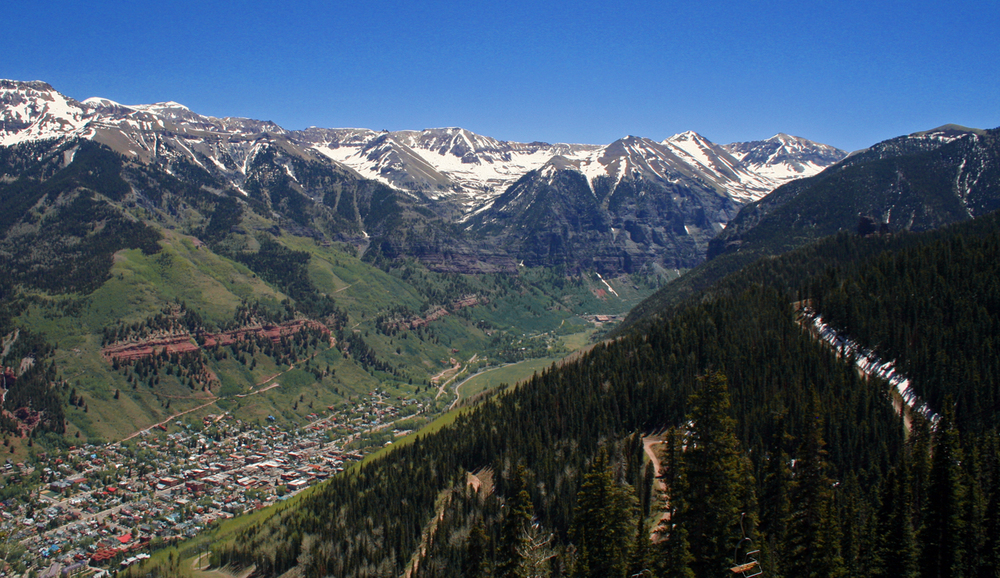 The town of Telluride from the gondola. Source: Wikipedia