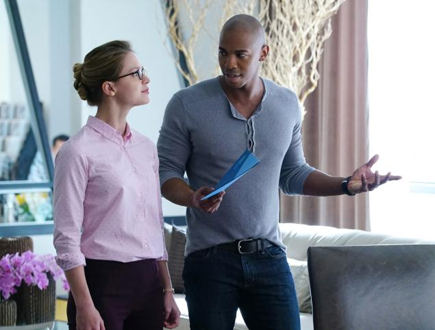 Melissa Benoist and Mehcad Brooks as Kara Danvers and James Olsen