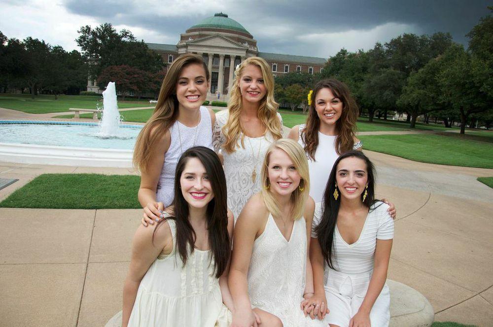 Sophomores : Whitney Hewlett, Harley Jones, Kayla Mason, Jane Gross, Emmeline Whitcomb, Nadine Kakish