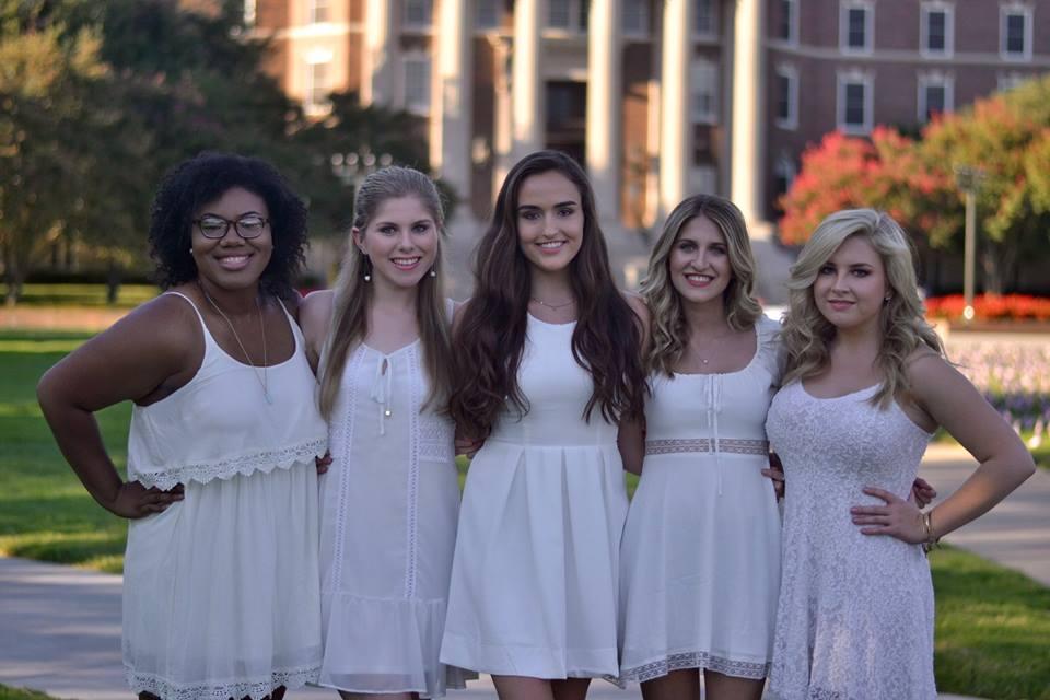Freshmen:  Kelsey Hodge, Maddie Clewis, Alex Wishnick, Audrey Johnson