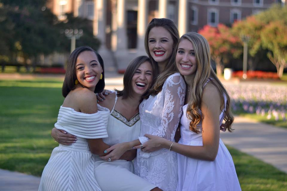 Juniors:  Raven Harding, Amy Cooley, Amelia Eskridge, Julia Palagyi (Not pictured: Lisa Suennen)