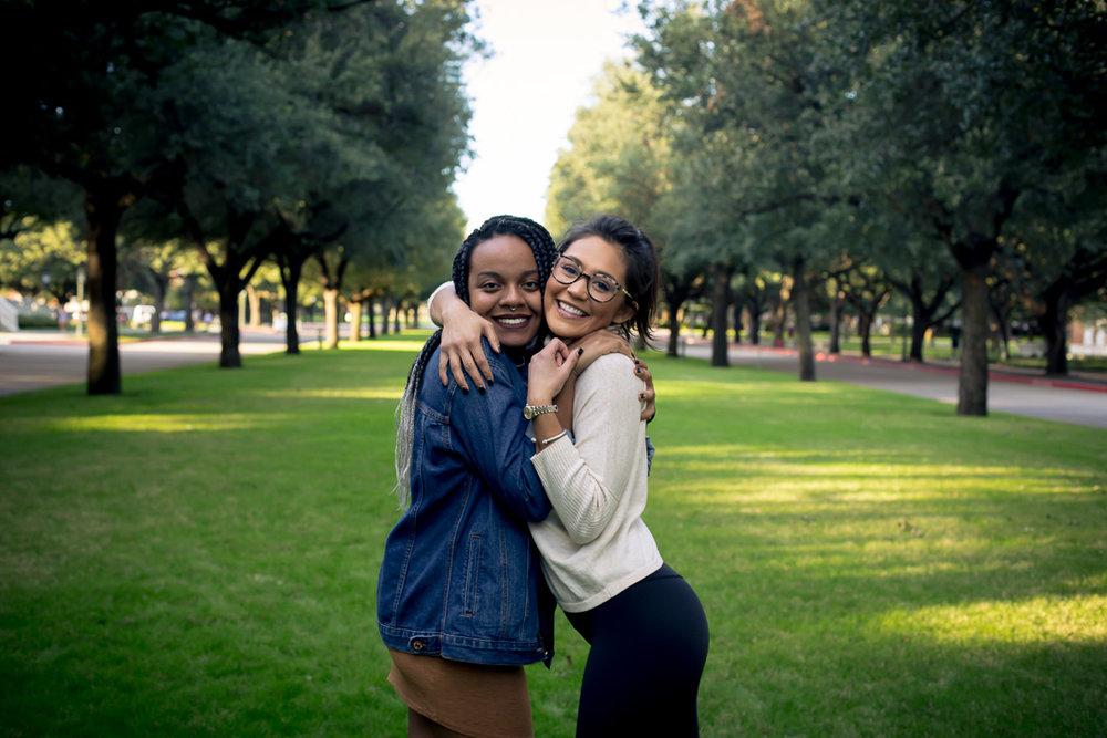 Seniors : Chelsey Kilburn and Gabby Davé