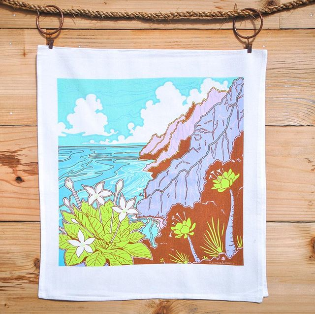 "Happy Holidays Friends!! We are excited to release our new new tea towel design Nāpali! 🌿🎉⭐️ Available on our website straightaway! ""A mysterious unparalleled coastline,  Nāpali stretches for 16 miles along northwestern Kauai, accessible only by sea or the demanding Kalalau trail. In ancient times steadfast people lived in the remote, beautiful valleys alongside unique flora and fauna. The rarest and most curious of the native plants, the Alula or Brighamia insignis, which oddly resembles a cabbage on a bowling pin, thrived along the towering cliff faces, clinging to the walls with strong roots"". @ntbg  #kauai #hawaii #nativehawaiianplants #napali #teatowels #gifts #napalicoast #kalalautrail"