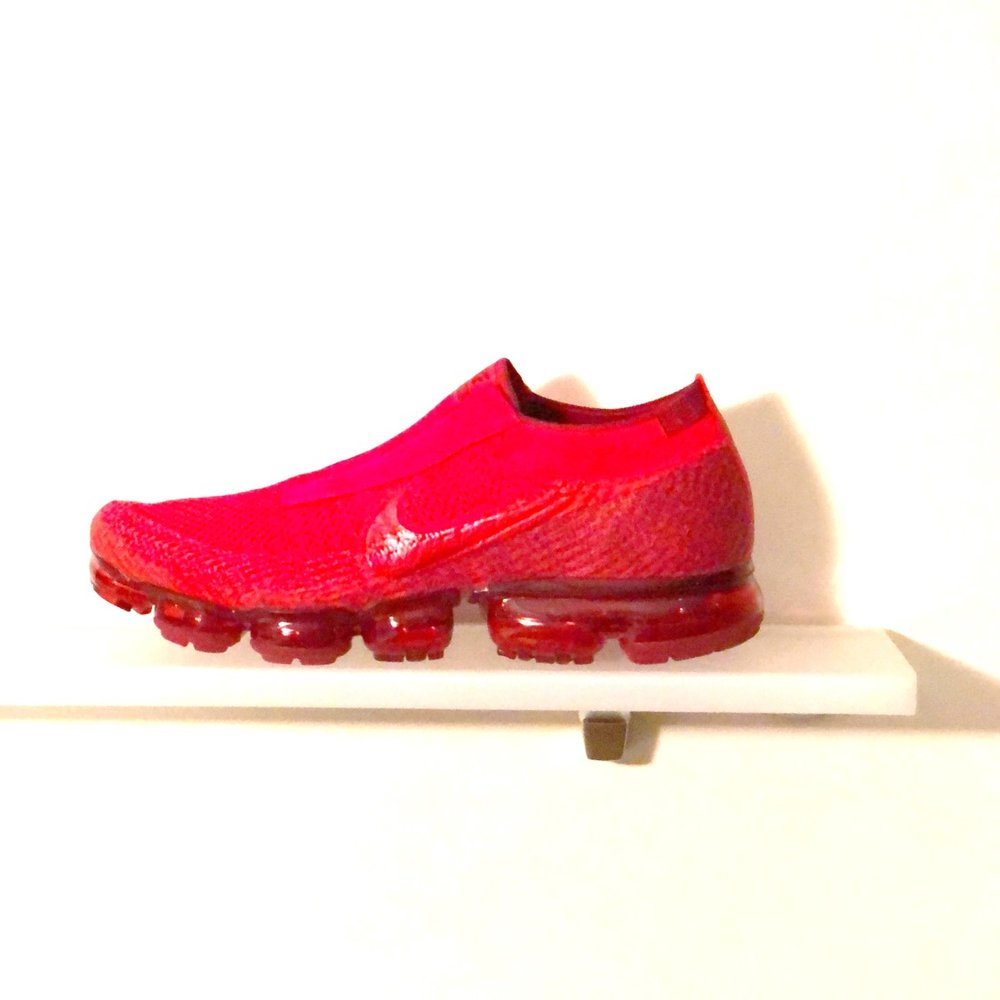 Laceless VaporMax - 'University Red'