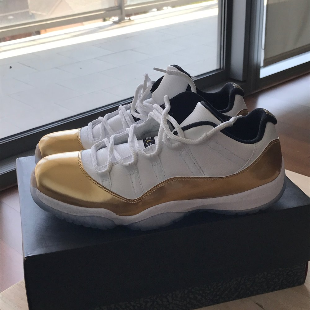 Air Jordan 11 Low - 'Medal Ceremony'