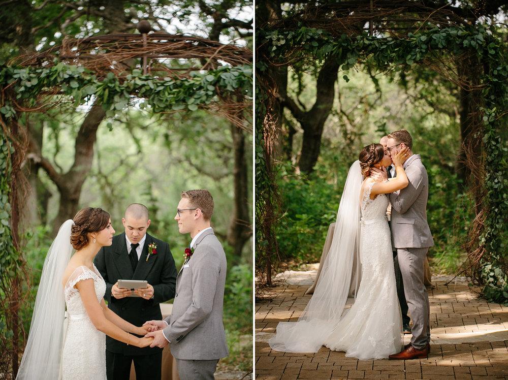 Austin_WeddingPhotographerWARRWEDDING023.jpg