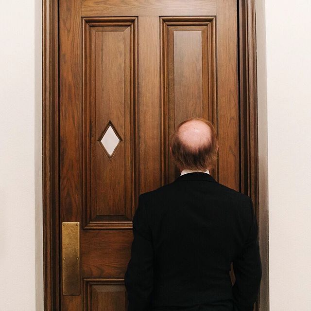 I don't post enough ceremony photos, and that's where all the weirdest, best, in-between moments happen to be. This is Dad, scoping out the church before walking his daughter down the aisle. 👀