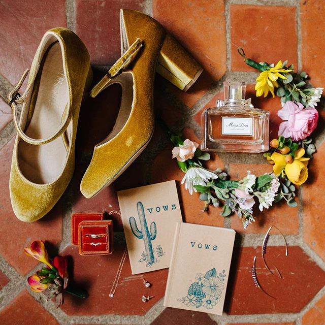 Gimme the deets. 🌵(spanish tile, yellow velvet mary janes, and @melaniecaseyjewelry rings— can it get any better?? 😍)