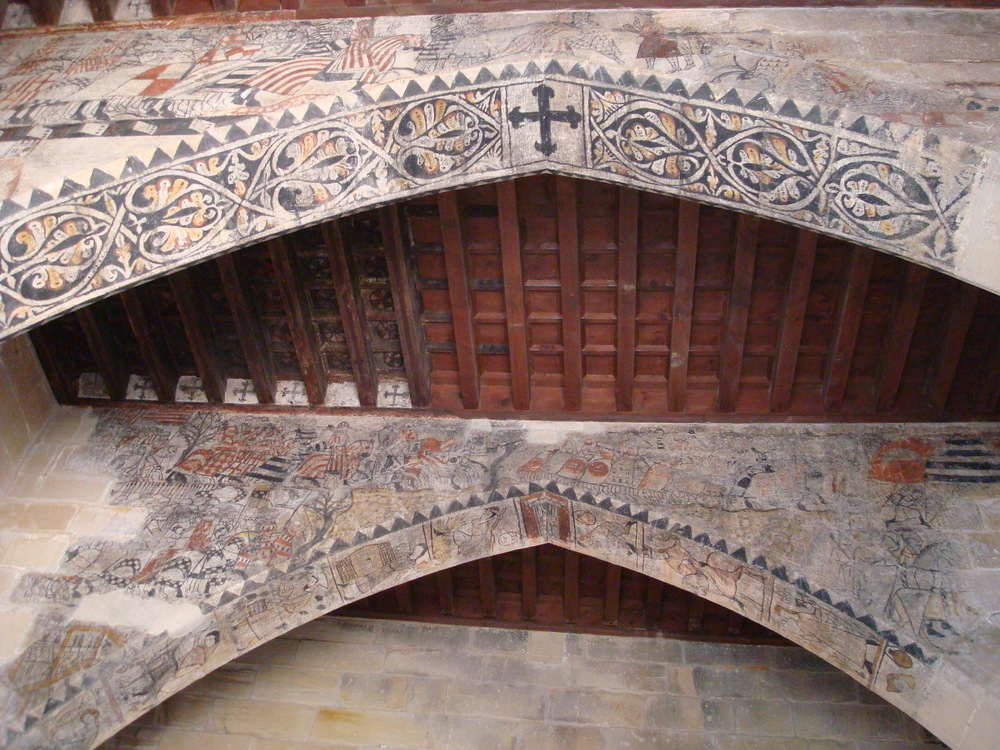 Painted arches on the top floor of the keep, also from medieval times.