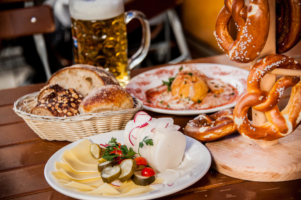 Food zum schneider nyc german restaurant biergarten for Restaurant cuisine