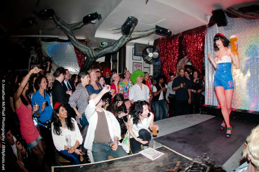 zum-schneider-nyc-2011-karneval-schnammy-awards--5.jpg