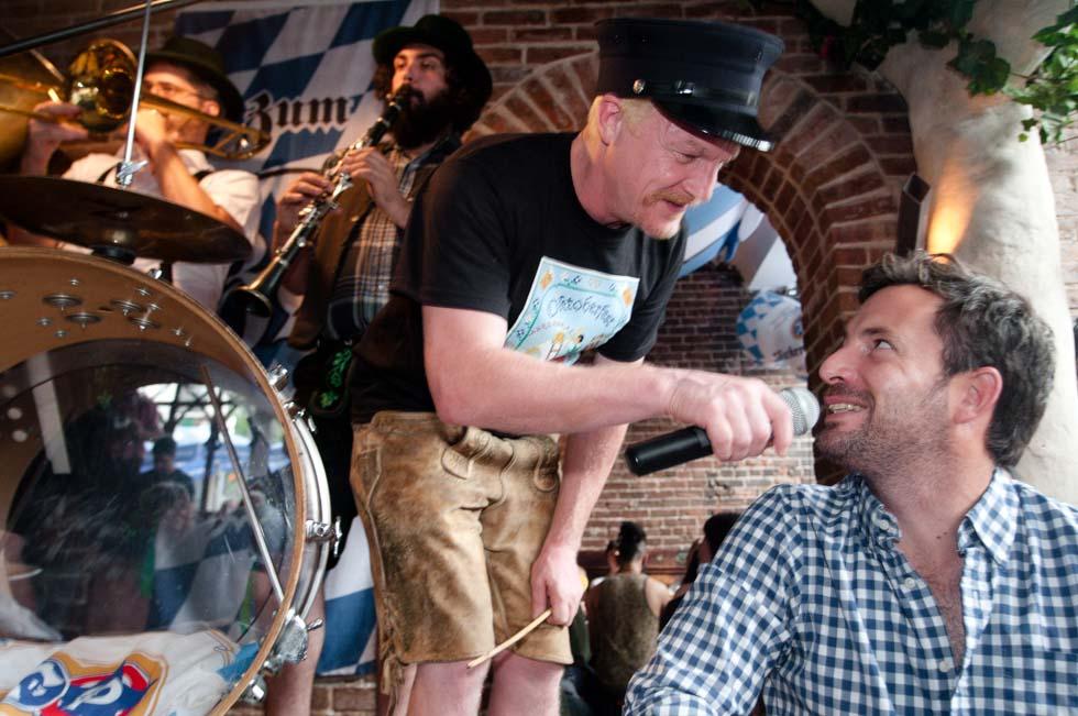 zum-schneider-nyc-2011-oktoberfest-0846.jpg