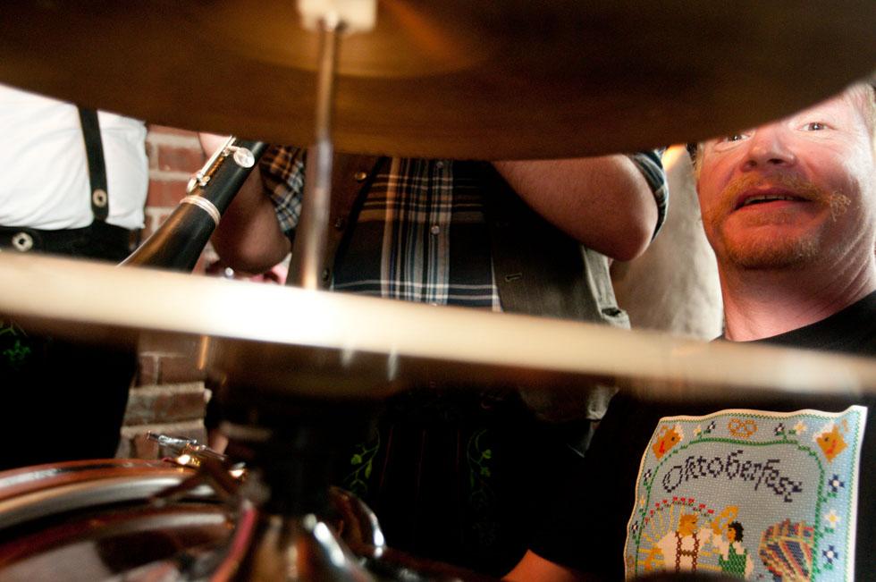 zum-schneider-nyc-2011-oktoberfest-0886.jpg