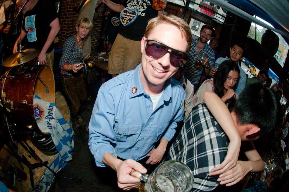 zum-schneider-nyc-2011-oktoberfest-0990.jpg