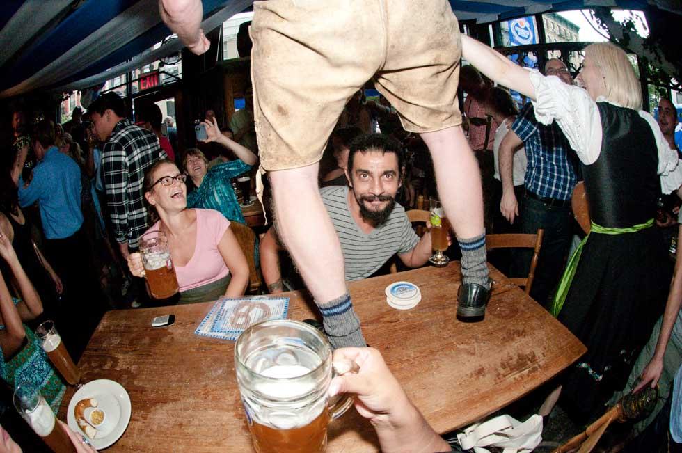 zum-schneider-nyc-2011-oktoberfest-0998.jpg