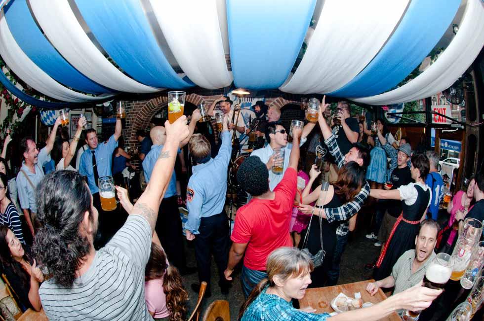 zum-schneider-nyc-2011-oktoberfest-1025.jpg