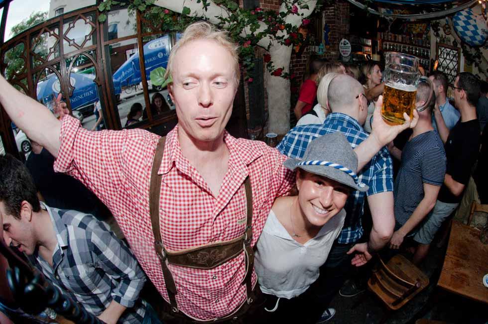 zum-schneider-nyc-2011-oktoberfest-1018.jpg