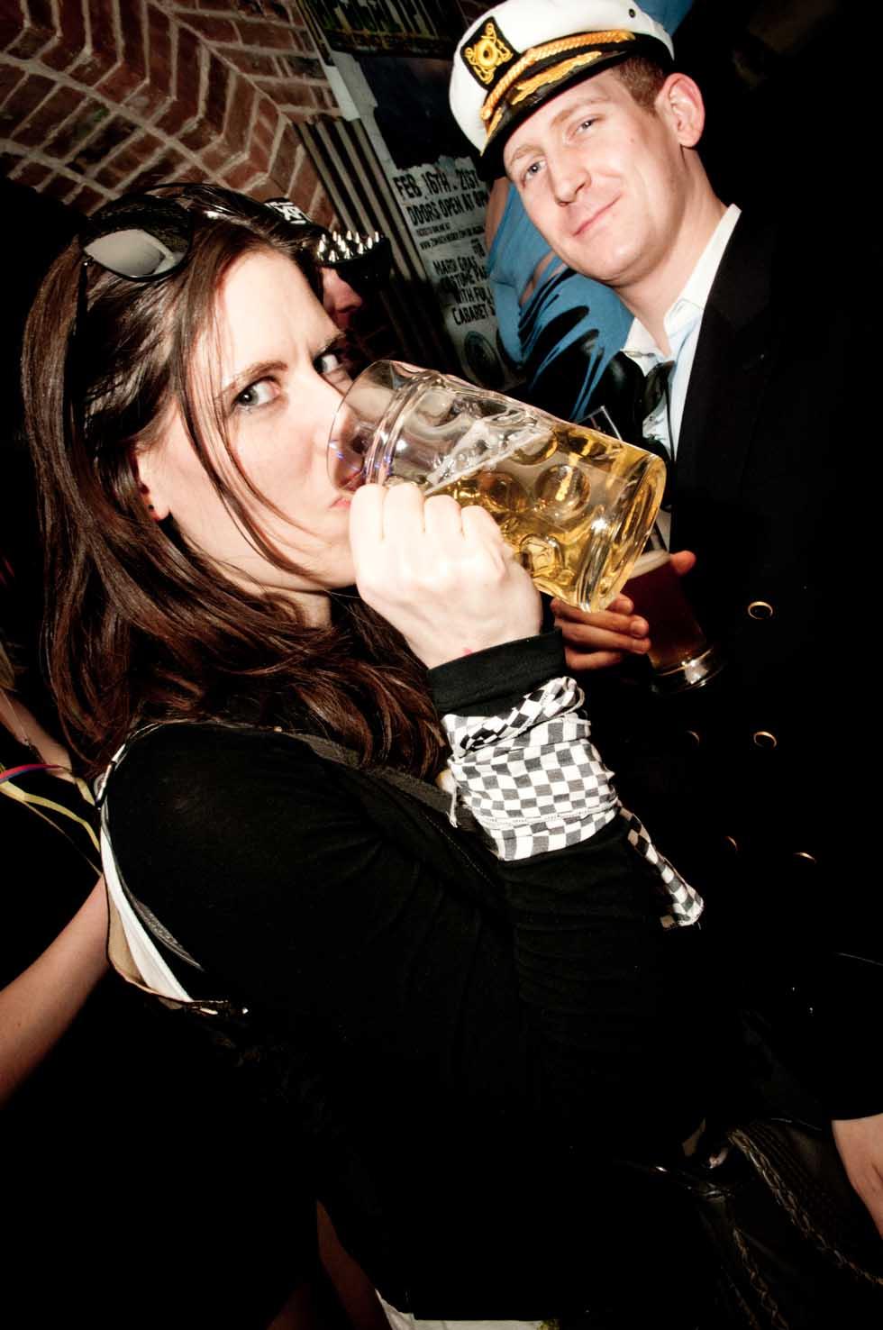 zum-schneider-nyc-2012-karneval-apocalyptika-3246.jpg