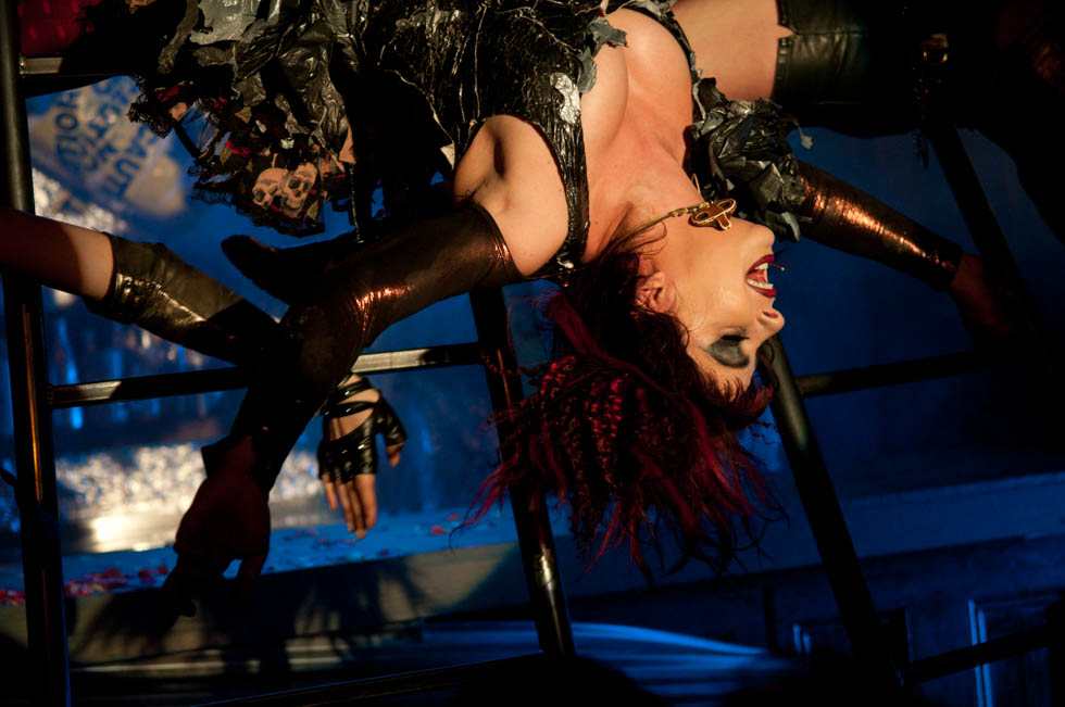 zum-schneider-nyc-2012-karneval-apocalyptika-3459.jpg
