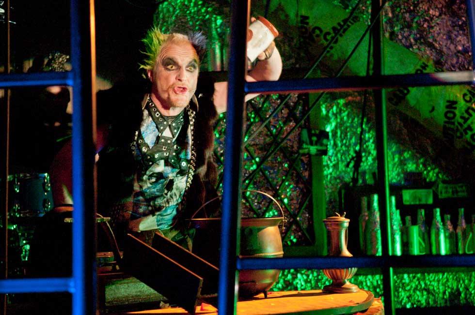 zum-schneider-nyc-2012-karneval-apocalyptika-3553.jpg