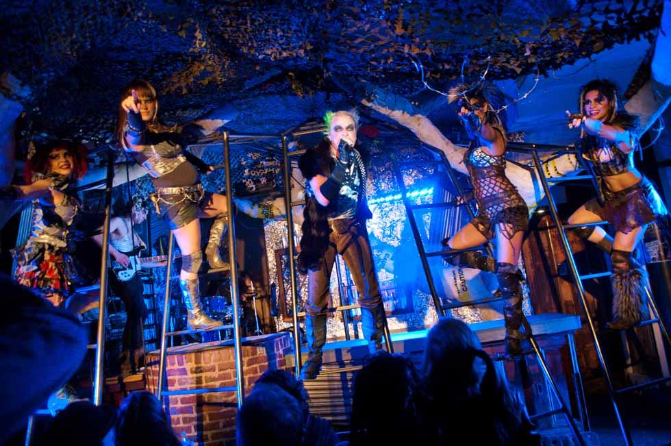 zum-schneider-nyc-2012-karneval-apocalyptika-4001.jpg