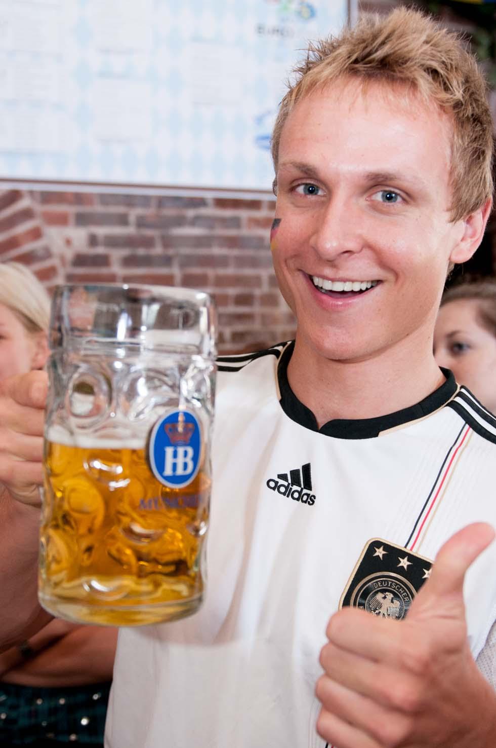 zum-schneider-nyc-2012-eurocup-germany-denmark-1011.jpg
