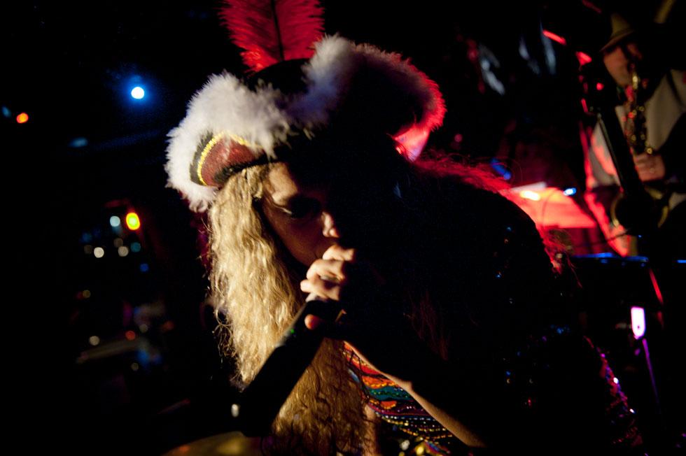 zum-schneider-nyc-2013-karneval_katastrophal-9081.jpg