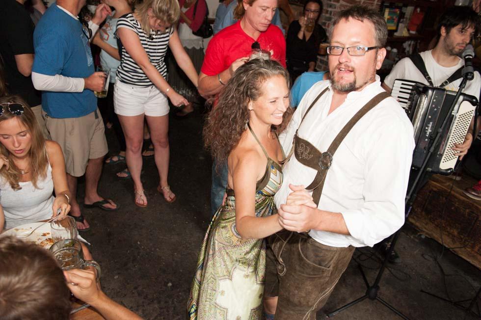 zum-schneider-nyc-2013-anniversary-party-1359.jpg