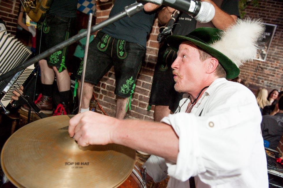 zum-schneider-nyc-2013-anniversary-party-1368.jpg
