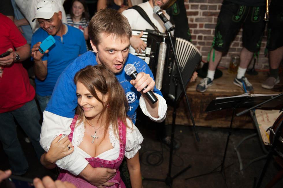 zum-schneider-nyc-2013-anniversary-party-1773.jpg